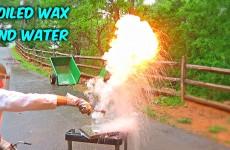 Co se stane když dáte rozehřátý vosk do vody?