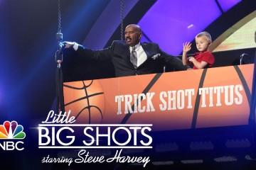 Čtyřletý basketbalista dává koše z velké vzdálenosti jak profesionál