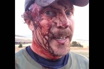 Muž natočil minuty po tom, co na něj zaútočil medvěd Grizzly