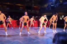Neskutečnou show si připravili maturanti na svůj maturitní ples