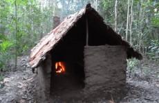 Stavba primitivního domku